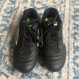 Umbro Soccer Cleats, Youth size 12